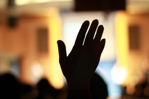 pray-196195_640