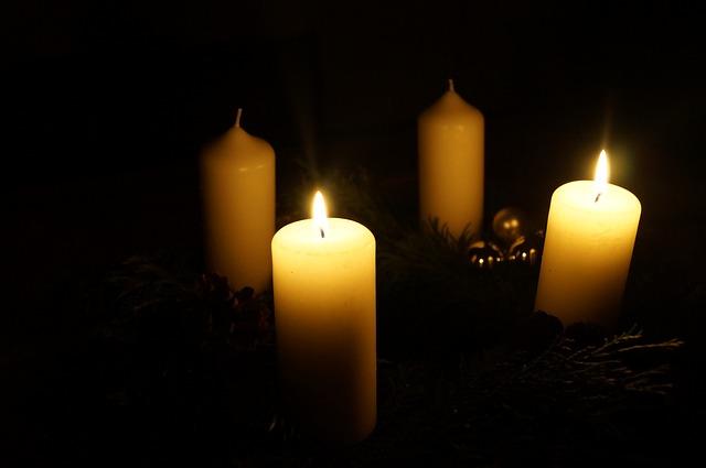 advent-wreath-560643_640