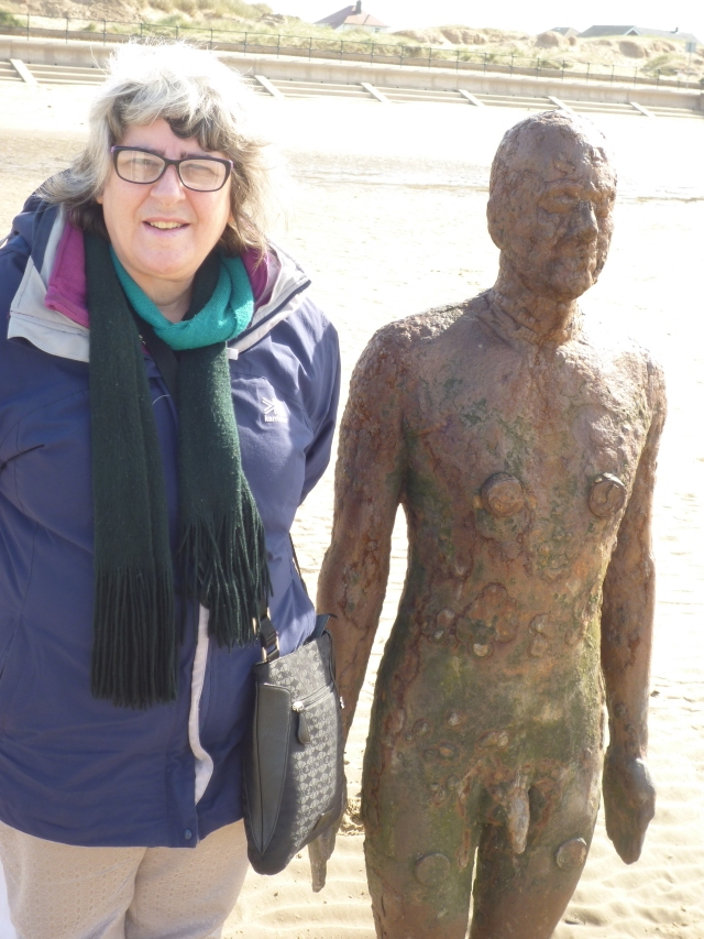 Linda and a Crosby beach resident.